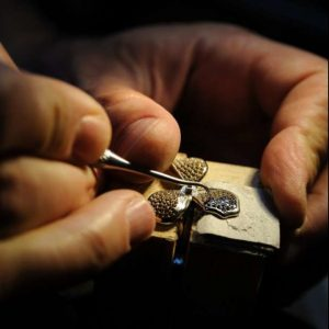 Officina Orafa-compro-gioielli-anelli-solitario-pietre-preziose-torino